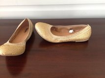 Women's Gold Flats - Size 7 in Bolingbrook, Illinois