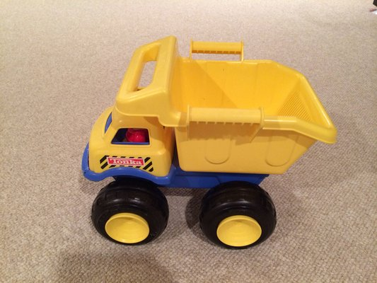 rc trucks cheap with Plastic Toy Dump Trucks on 261546080941 moreover Tamiya 118 Konghead 6x6 G6 01 Monster Truck Kit p 512691 likewise 2016 Jeep Grand Cherokee Black in addition Gm Suspension Lift Kit 272n2 moreover Hsp Cheap Rc Drift Cars 110 Scale Cheap Petrol Rc Cars For Sale.